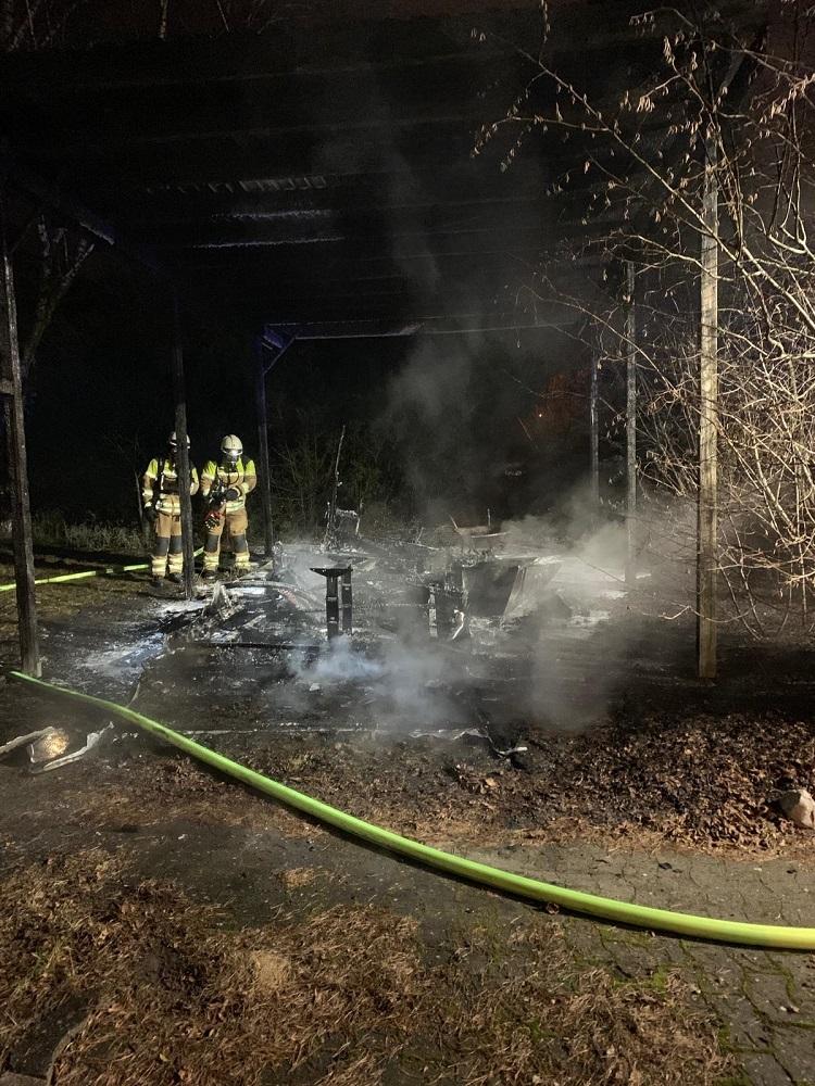 Brennt Wohnwagen