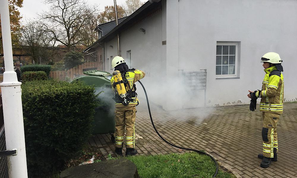 Brennt Mülltonne